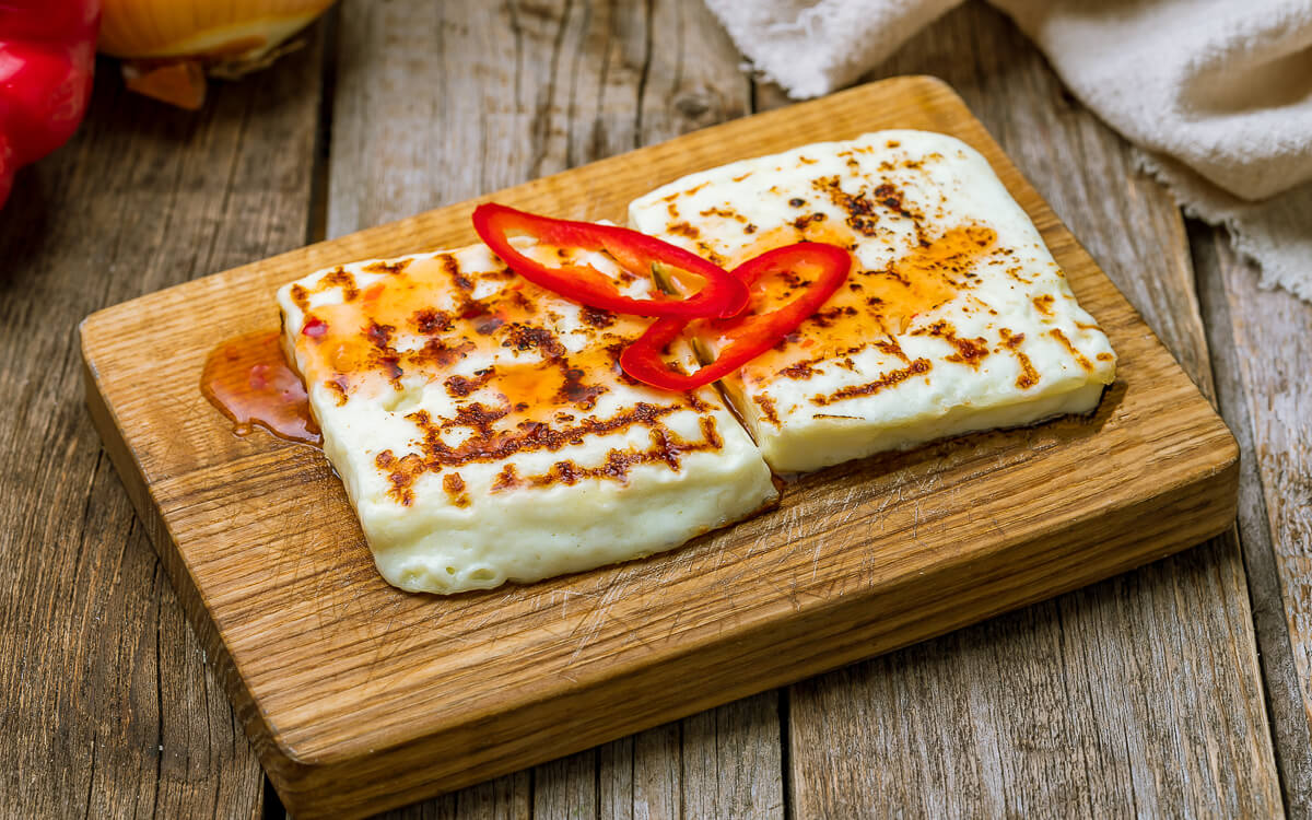 9 High-Fat, Low-Carb Cheeses for Keto Dieters - Halloumi Cheese